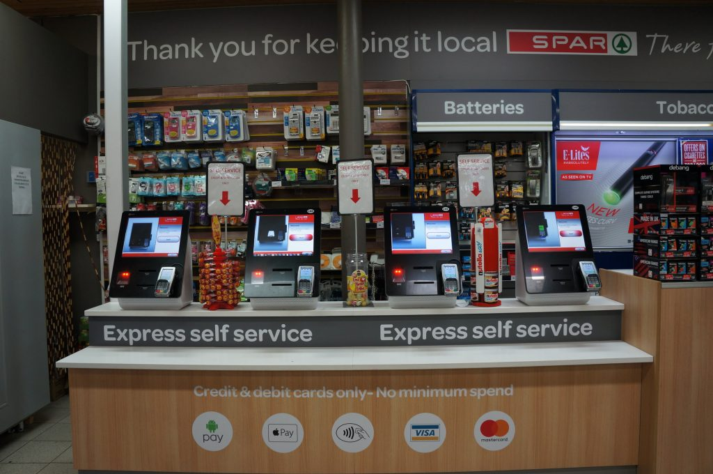 Cashless selfcheckout in SPAR Hull University