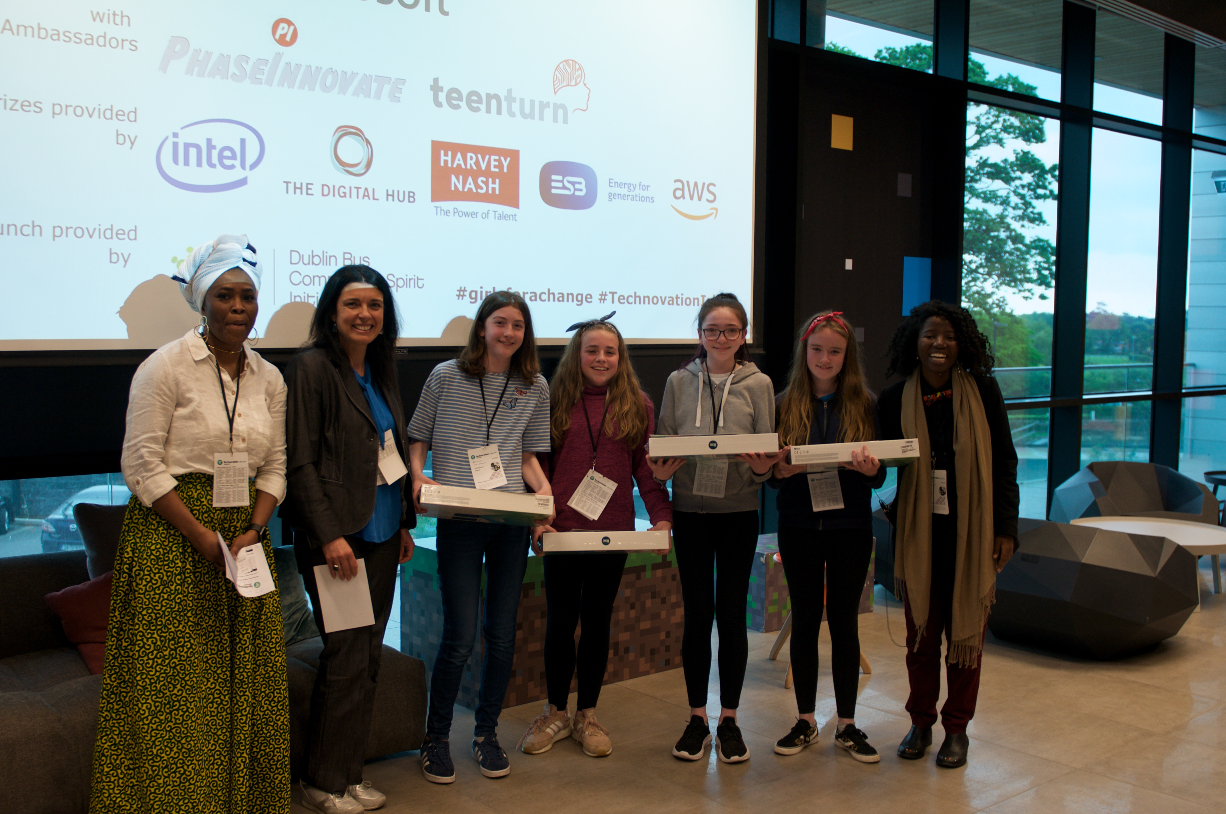 CBE colleagues help in mentoring local school students reach world semi-finals of Technovation